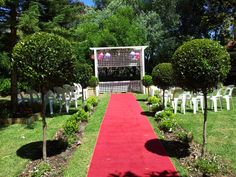 Valley View Restaurant wedding ceremony in the swan valley.