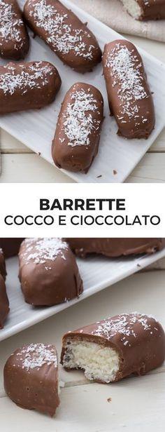 Barrette cocco e cioccolato [Chocolate and coconut bars snack] Italian Desserts, Mini Desserts, Just Desserts, Delicious Desserts, Yummy Food, Cheesecake Recipes, Dessert Recipes, Low Carb Protein Bars, Chocolate Recipes