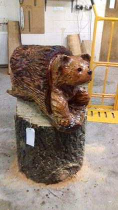 Stump bear by #rawedgecarving