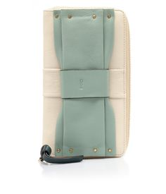 Portafogli bicolor by @Chloe Allen Fashion