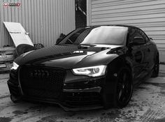 Audi RS5 - Black Beast