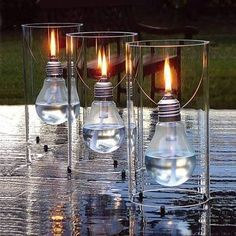 Ideas for Upcycling Lightbulbs Fun ideas for those old incandescent light bulbs.Fun ideas for those old incandescent light bulbs. Light Bulb Crafts, Recycled Light Bulbs, Incandescent Bulbs, Oil Lamps, Diy Projects To Try, Design Projects, Chandeliers, Fun Crafts, Cool Stuff