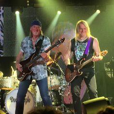 Roger Glover & Steve Morse #deeppurple #Konzert #münchen #munich #tollwood #highwaystar #stevemorse #rogerglover #rock #music #hardrock #classicrock #rockmusik #smokeonthewater #blacknight #concert