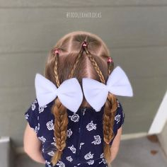"""640 tykkäystä, 8 kommenttia - Cami  Toddler Hair Ideas (@toddlerhairideas) Instagramissa: """"This style is as basic as it gets!! 3 topsy tails, braids, and piggy braids! Simple and quick, a…"""""""