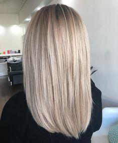 Soft root shades✔️ - head of hair - Haarfarben Swedish Blonde, Blonde Hair Looks, Pinterest Hair, Hair Color And Cut, Balayage Hair, Gorgeous Hair, Hair Lengths, Dyed Hair, Hair Inspiration