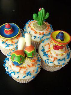 Mini pirate cupcakes and fiesta cupcakes Mexican Cupcakes, Fun Cupcakes, Cupcake Frosting, Cupcake Cakes, Poop Cake, Pirate Cupcake, Mexican Fiesta Party, Fondant Flowers, Take The Cake