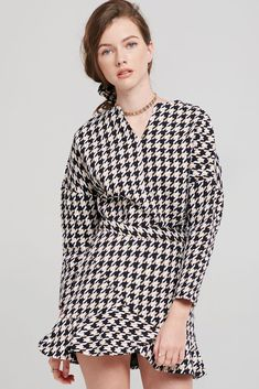 a65883079d13f Classic houndstooth print Strategic seams for clean