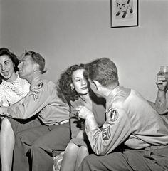 Vintage Photos: Esther Bubley. Two corporals and their girls at a party. Washington, DC, 1943