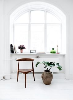 Bloesem Living | Clean, White Window Sills