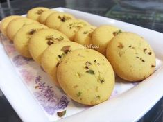 This is my first post and I am too excited. I love baking more than cooking so my first post had to be something related to baking :mrgreen: Presenting kesar pista biscuits. These are easy to make … Eggless Desserts, Eggless Recipes, Eggless Baking, Nutella Recipes, Biscuit Cookies, Biscuit Recipe, Cake Cookies, Cupcake Brownies, Biscuit Pudding