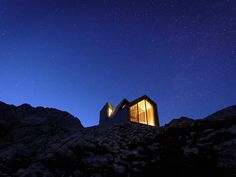 working in collaboration with harvard graduate students, OFIS architects has constructed a shelter for climbers of slovenia's skuta mountain.