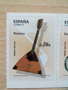 """Sello de Correos España. 0,36€. Serie """" Instrumentos musicales"""". Balalaica. MMMA Málaga.  RCM-FNMT 2012"""