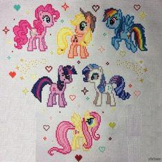 My little pony Подарок сестренке на рождество:)   неумело подкорректировала недостающую деталь (ткани не хватило:( )  My little pony, хобби, подарок своими руками, вышивка