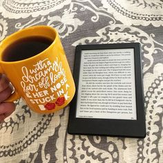 If you love reading e-books there is more font sizes than ever before—and five levels of boldness—in the new Kindle firmware update. House At Pooh Corner, Coffee And Books, Social Media Pages, Lectures, Self Publishing, New Fonts, Book Worms, Cookies Et Biscuits, Book Lovers