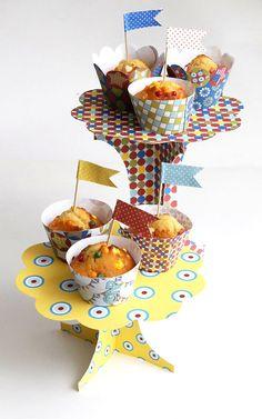 Free cupcake stand--- presentoire-a-cupcake-a-imprimer-gratuitement
