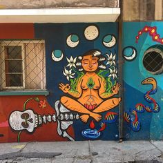 Beautiful natural cycle .. with Latin American symbols.. follow us @arty.city #arteurbano #artstreet #streetartistry #chile  #barriobellavista