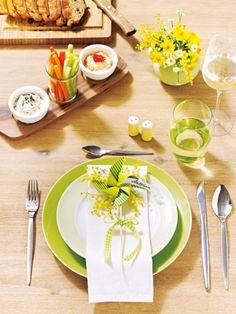So beschwingt und ausgelassen, wie der Frühling Einzug hält, soll auch die Tischdeko daherkommen. Was wäre da passender als ein Windrad?