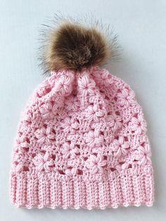 Willow Slouchy Hat pattern by Kersten's Crochet Crochet Baby Beanie, Crochet Beanie Pattern, Crochet Yarn, Crochet Stitches, Crochet Patterns For Beginners, Knitting Patterns, Crochet Slippers, Crochet Accessories, Crochet Projects