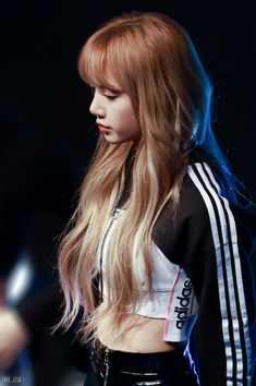 Lisa One Of The Best And New Wallpaper Collection. Lisa Blackpink Most Famous Popular And Cute Wallpaper Photo And Image Collection By WaoFam. Kim Jennie, Jenny Kim, Lisa Black Pink, Lisa Blackpink Wallpaper, Wallpaper Lockscreen, Ft Tumblr, Rapper, Kim Jisoo, Blackpink Lisa