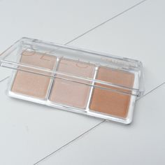 https://absolutelyeve.com/2016/10/17/catrice-deluxe-glow-highlighter/