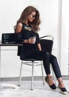 Nada Adelle + black embroidered toplooks + totally chic + leather leggings + black and white pattern-strapped shoes + love the simplicity + floral design Outfit: Miss Pap.