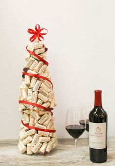 DIY: wine cork christmas tree