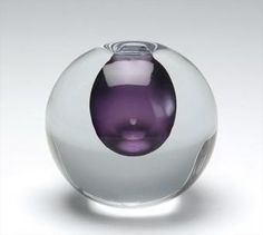 Vase by Gunnel Nyman, Nuutajärven lasi Nordic Design, Scandinavian Design, Glass Design, Design Art, Art Of Glass, Ceramic Tableware, Murano, Vintage Vases, Shades Of Purple