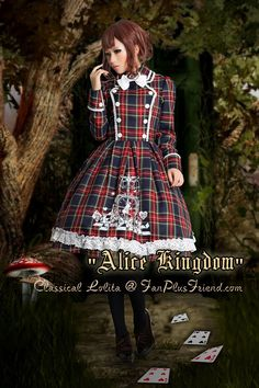 Very fun lolita! I love the lines and overall effect the dress has.