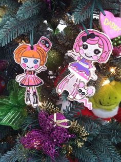 Lala Mom Nikki used her daughter's Lalaloopsy cookie cutters to make these sew cute Lala ornaments. And, they smell like cinnamon! #Lalaloopsy #DIYChristmas #Ornaments
