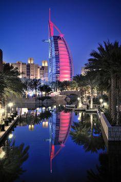 Sailboat shaped hotel,Dubai