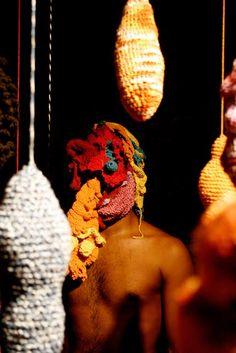 Dica minha .  Exposição Desalinho na Mostra Amazônia das Artes Durante a exposição os visitantes podem criar e modificar as peças tecidas em crochê  http://www.portalaz.com.br/noticia/arte-e-cultura/378718/exposicao-desalinho-na-mostra-amazonia-das-artes  #exposiçãoDesalinho #MostraAmazôniadasArtes #artes #crochê
