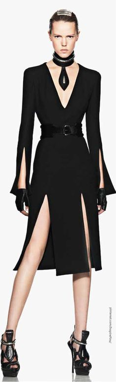 Alexander McQueen-lose all the accessories, but the dress itself is gorgeous!