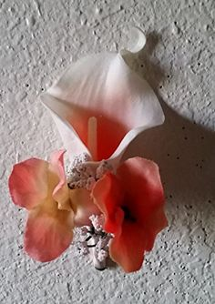 Ivory Coral Real Touch Calla Lily Boutonniere bridalweddi... http://www.amazon.com/dp/B01AMRI7SM/ref=cm_sw_r_pi_dp_eVrjxb1EH4PMS