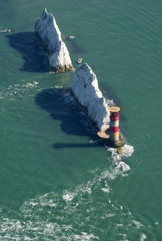 Похожее изображение - Needles Lighthouse, Isle of Wight, UK - id'd ldcd 18/02/25