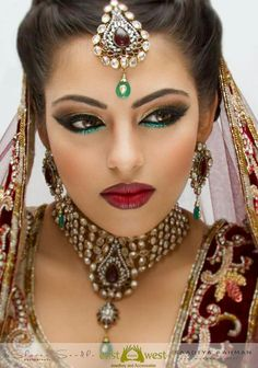 Indian Bridal Hair And Makeup. New bridal hair and makeup ideas ~ pak fashion, 20 indian bridal hair and makeupjpg. Pics photos indian wedding hair and makeup. Party Makeup, Eye Makeup, Hair Makeup, Makeup Shop, Bride Makeup, Wedding Makeup, Beauty Make-up, Beauty Hacks, Beauty Tips