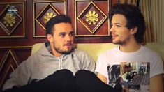 """Guys, if you want to know the real story behind the song """"Diana"""", watch this interview. It's does not have the meaning you thought it did, although everyone interprets things differently. - #KissKissMeets1D - Intervista ai One Direction"""