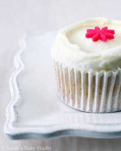 Vanilla Bean White Velvet Cupcakes with Vanilla Bean Buttercream made ...