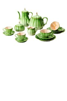 Porcelain tea and coffee set (too much money)