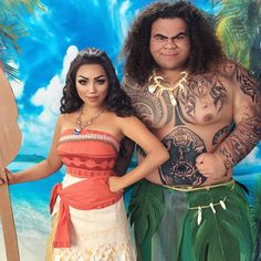 Moana and Maui 🌊 Are you guys ready for this video??Going to spend the next 2 days editing it. Btw Isn't @kp_music36 crazy identical to Maui? 😲 Disney needs to hire him Asap  #Moana #Moanacosplay #Maui