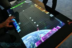 pilfers Surface name from its smart table, now called the PixelSense (video) SMART TABLES! Cool Technology, Technology Gadgets, Tech Gadgets, Cool Gadgets, Business Technology, Table Interactive, Smart Table, Home Tech, Pub