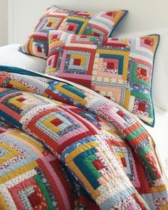Hideaway Log Cabin Quilt and Sham