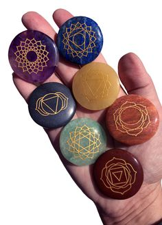 Engraved Chakra stone set of 7 semi-precious crystals for ultimate Chakra cleansing & Balancing. Makes an excellent Yoga, Massage therapy or Holistic Reiki gift