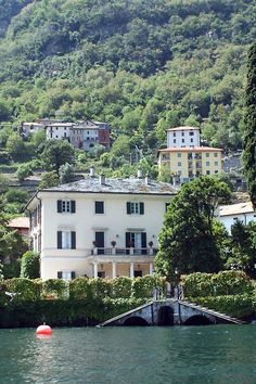 George Clooney - mansion at Lake Como, Italy