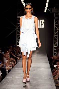 VFiles Spring 2014 Ready-to-Wear Collection Slideshow on Style.com