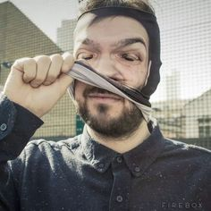 Face peeler