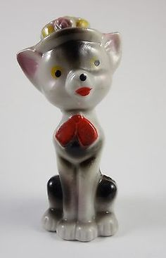 Vintage CAT Porcelain Figurine WEARING HAT & BOW Japan Incised Mark.