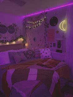 this is my room :) Indie Room Decor, Cute Bedroom Decor, Room Design Bedroom, Room Ideas Bedroom, Bedroom Inspo, Chill Room, Cozy Room, Neon Bedroom, Retro Room