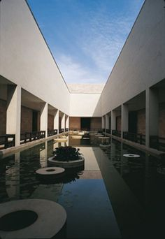 The foundation of the Liangzhu Culture Museum's design is based on simplicity and modernity.