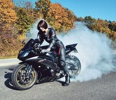 Motorcycle Girls : Photo