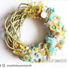 I love the colors of this wreath. Makes you think holiday with A little funky and retro now available in the Etsy shop! Cheap Wreaths, Wreaths And Garlands, Felt Wreath, Grapevine Wreath, Wreath Tutorial, Decorating On A Budget, Handmade Flowers, Felt Flowers, Christmas Wreaths